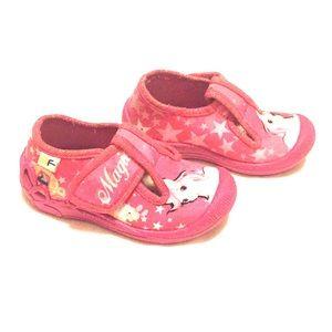 Toddler girl  slipper size 6, EU 23